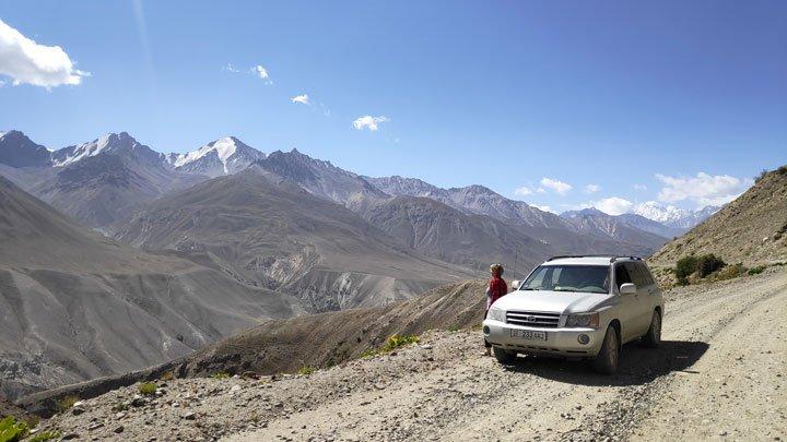stunning views at pamir highway