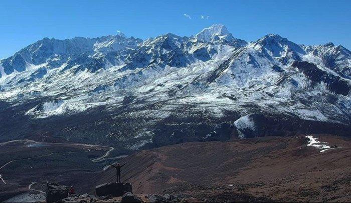 mountains around kangding